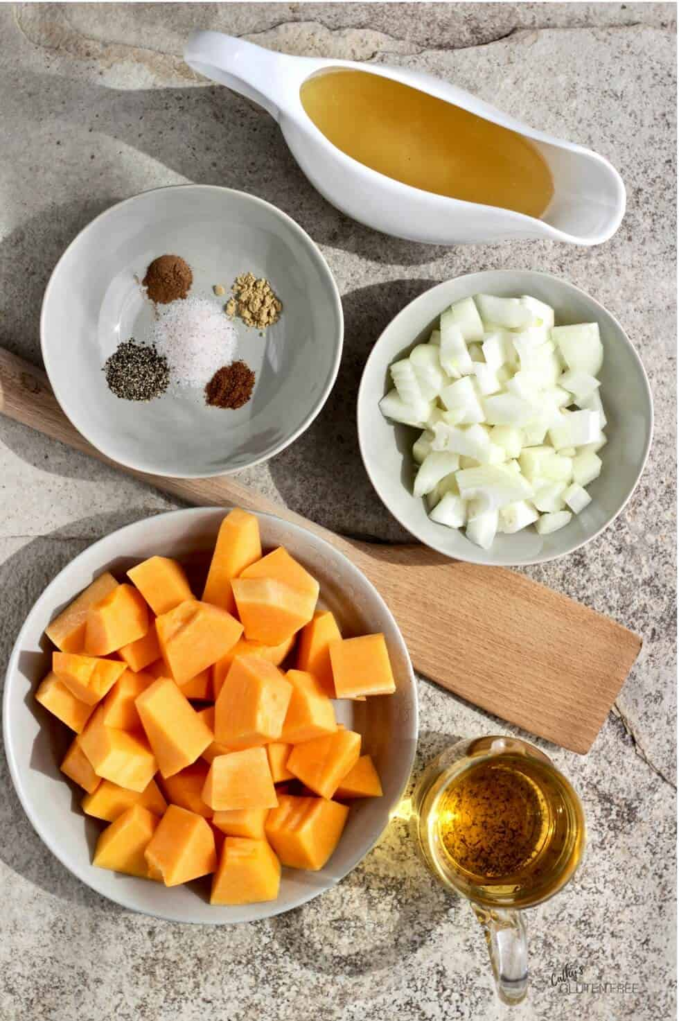 Ingredients for butternut squash apple soup