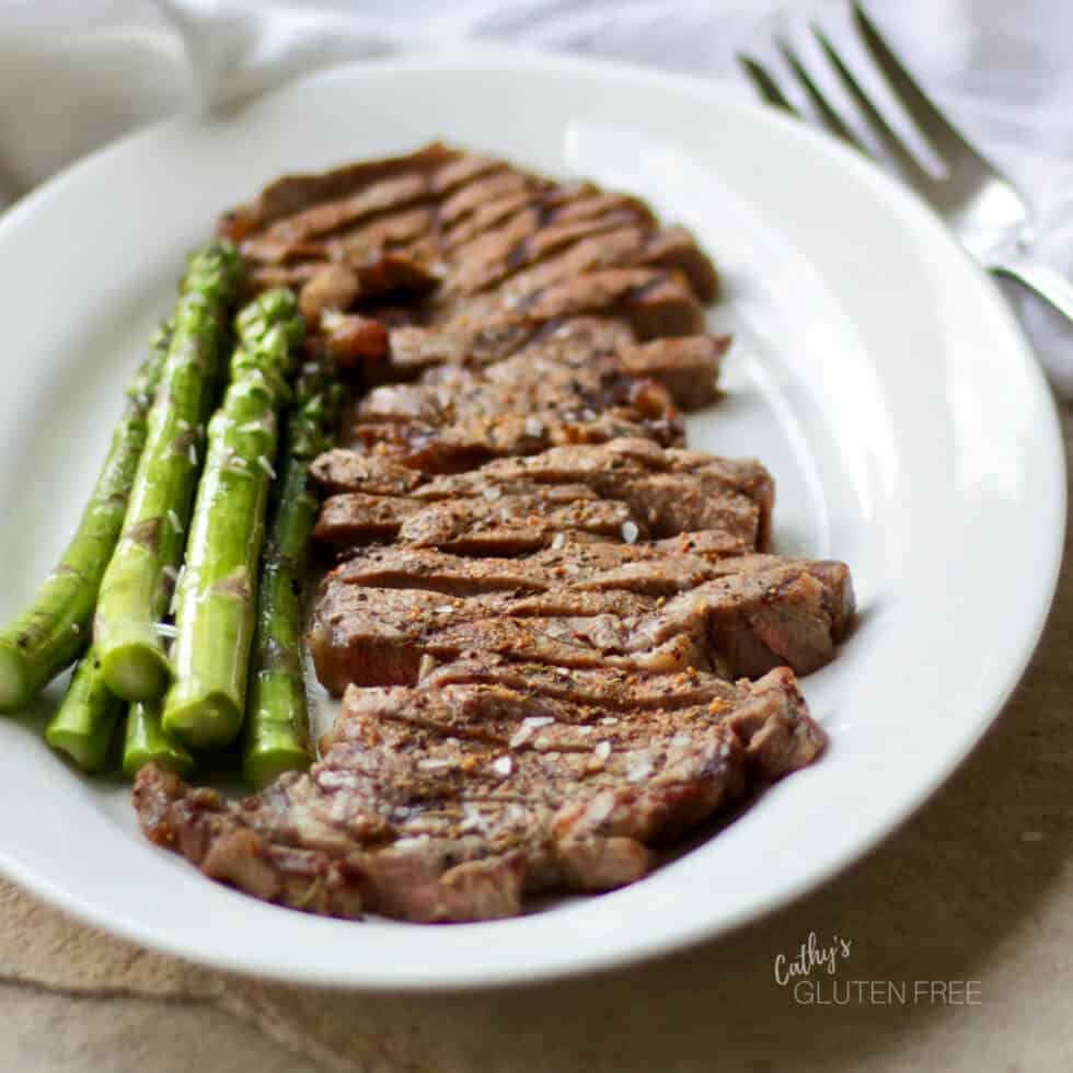 Grilled Beef Steak and Asparagus