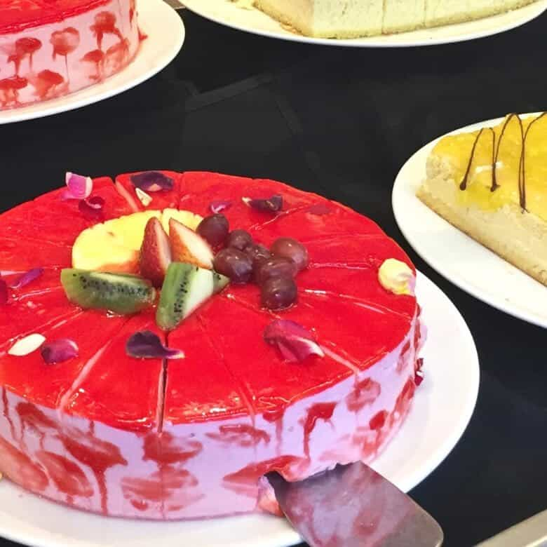 Pretty red cake