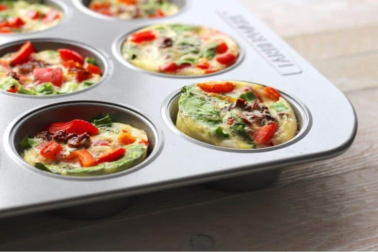 baked omelette muffins in pan