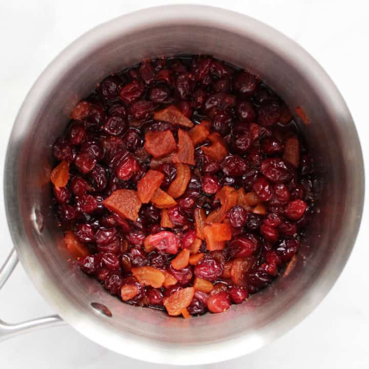 cranberry-apricot mixture in saucepan