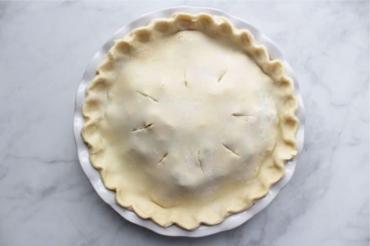 unbaked double-crusted pie