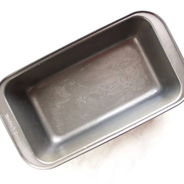 buttered nonstick loaf pan