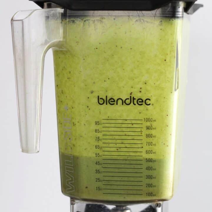 green smoothie blending in Blendtec jar